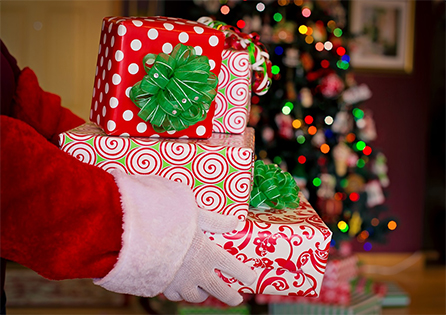 46b434aa6c8b Local Resources for Holiday Gifting